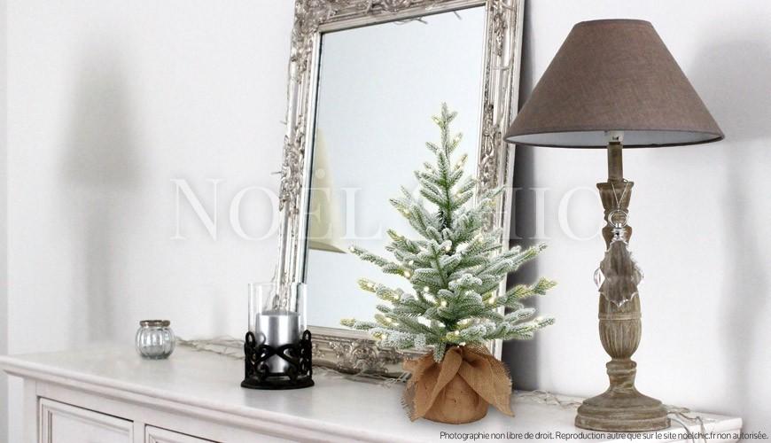 5 idées pour mettre en valeur un petit Sapin de Noël !
